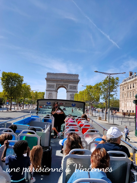 arc de triomphe bus