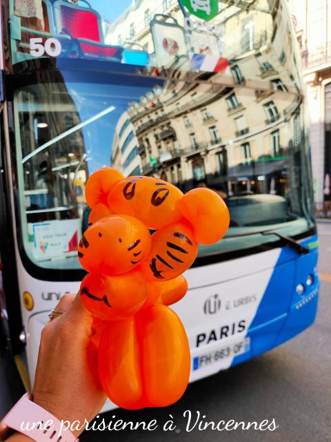 kids tour bus tour de paris